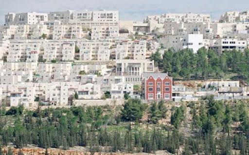 Occupation municipality approves on building 108 settlement units north of Jerusalem